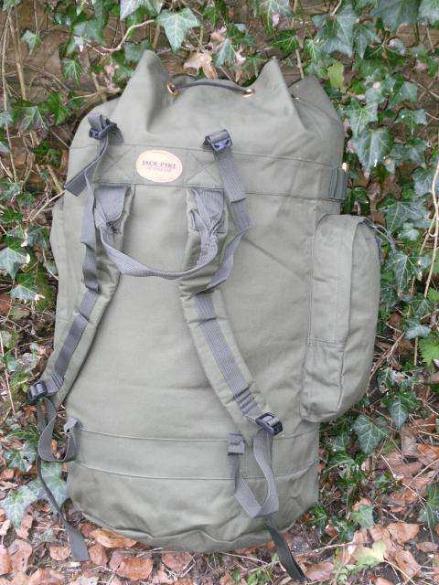 Jack Pyke Maxi Decoy Bag harness.jpg