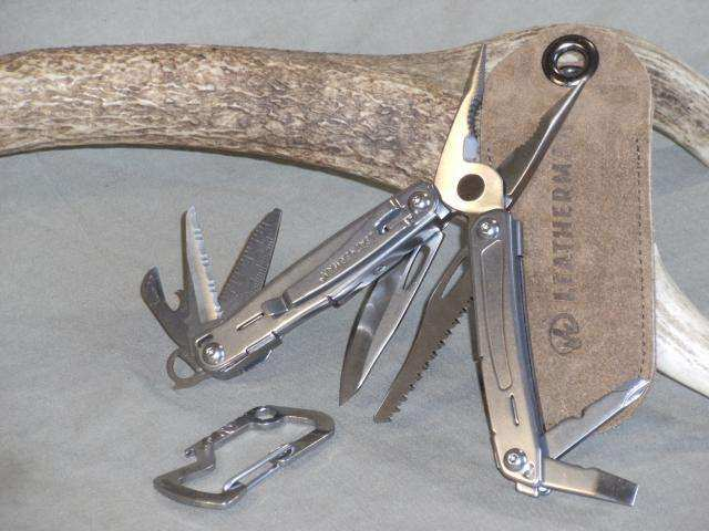 Leatherman Sidekick clips.jpg